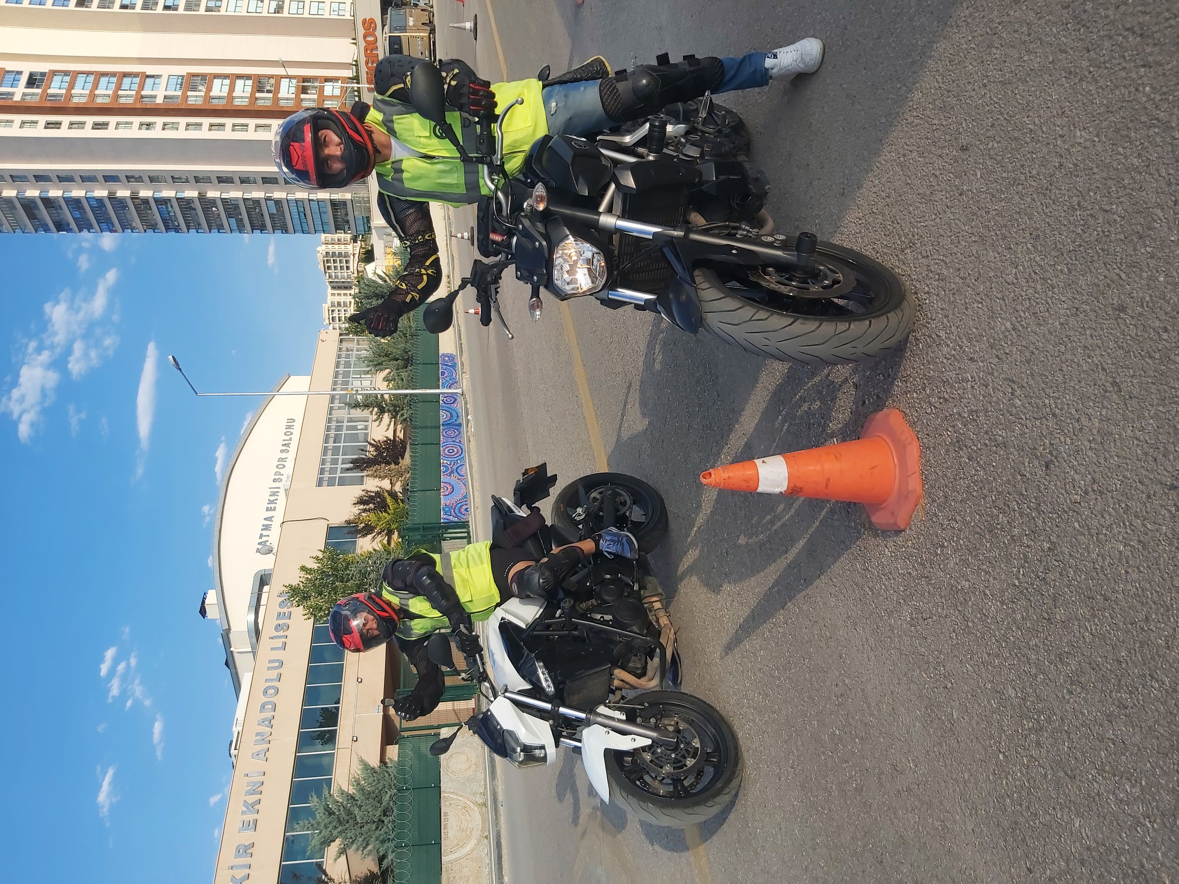 Esat Sürücü Kursu A Sınıfı Motosiklet Eğitimi Esat Motosiklet Okulu
